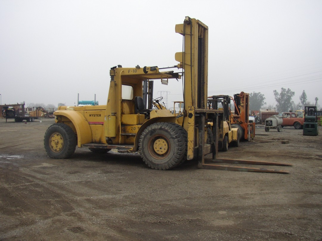Hyster 46,000 lb  Capacity Forklift | Stilwell Equipment